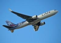 A LAN 767-300 departs Miami in 2010.  Photo: Ed Jones - OPShots.net