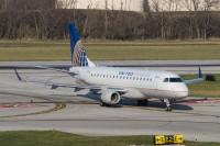 N635RW_E170_ShuttleAmerica_CMH_21Nov12_MichealWass