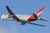 VH-OGT_763_Qantas_SYD_23Nov12-BillMallinson